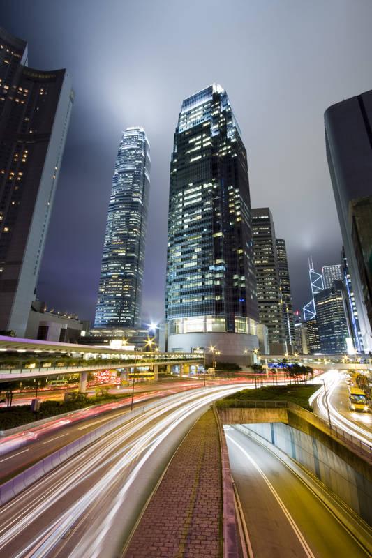 Фотообои под заказ Ночная жизнь в городе