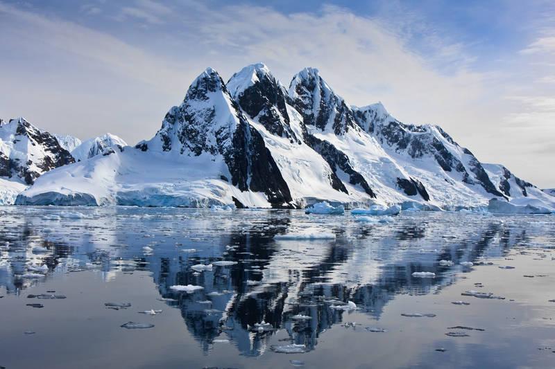 Печать на холсте Ледник